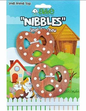 D A & E Nibbles Wooden Pretzel Small Pet Toy